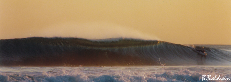 EPIC WAVE AT DUSK....
